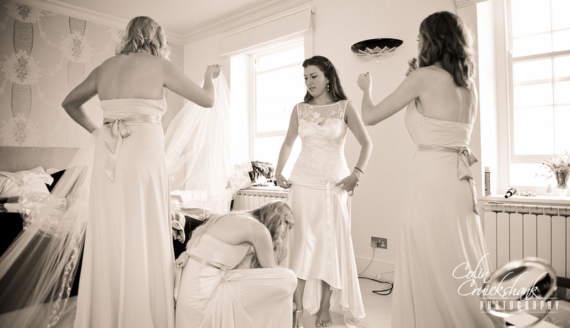 Bridal preperation at Cardington House Colin Cruickshank wedding photography